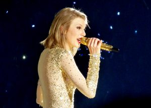 By GabboT (Taylor Swift 103) [CC BY-SA 2.0 (http://creativecommons.org/licenses/by-sa/2.0)], via Wikimedia Commons
